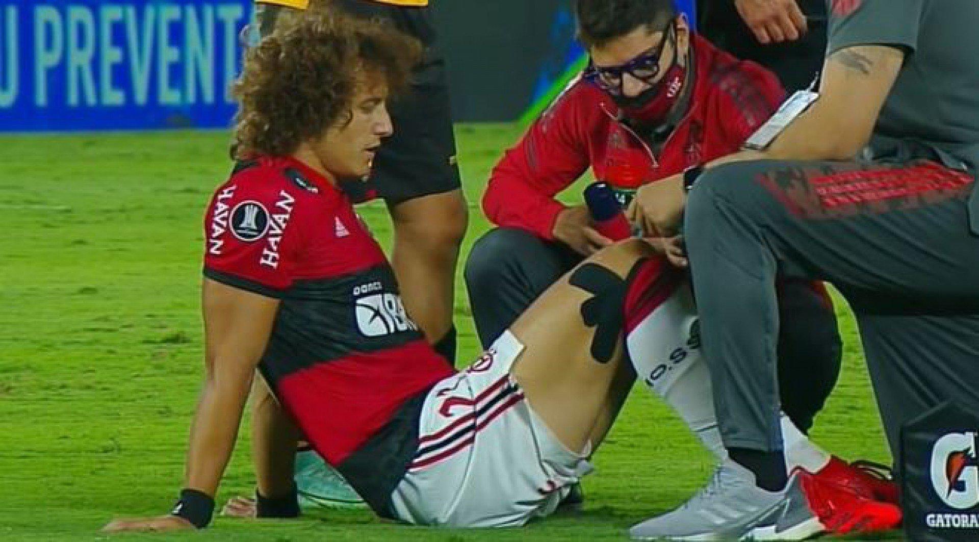 Exame constata lesão, e David Luiz desfalca o Flamengo por, pelo menos, 12 dias
