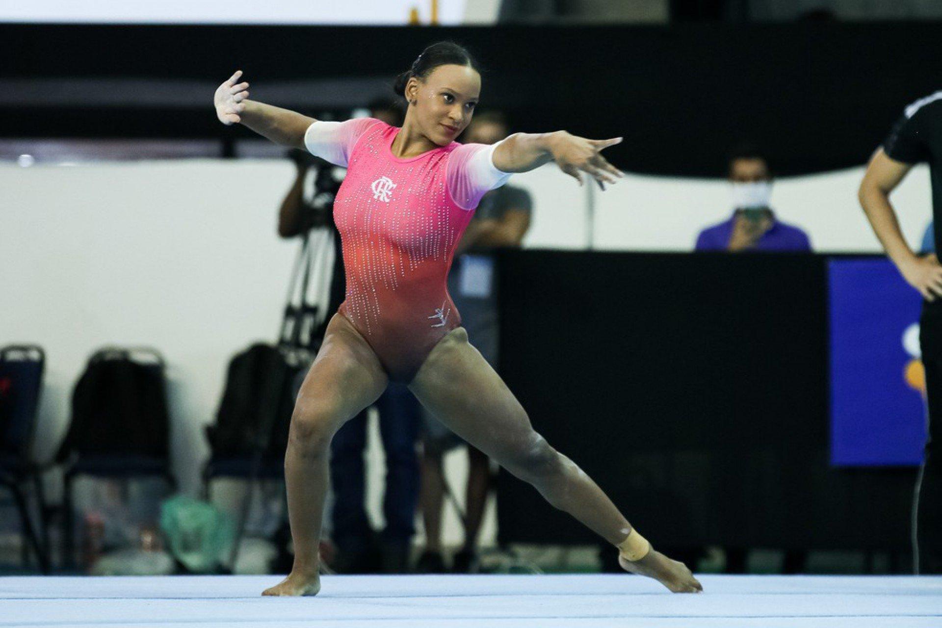 Campeão olímpica, Rebeca Andrade brilha no Brasileiro de Ginástica e leva mais dois ouros