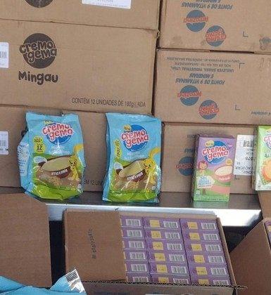 Alimentos infantis vencidos e impróprios para consumo são apreendidos no  Centro de Meriti   São João de Meriti   O Dia