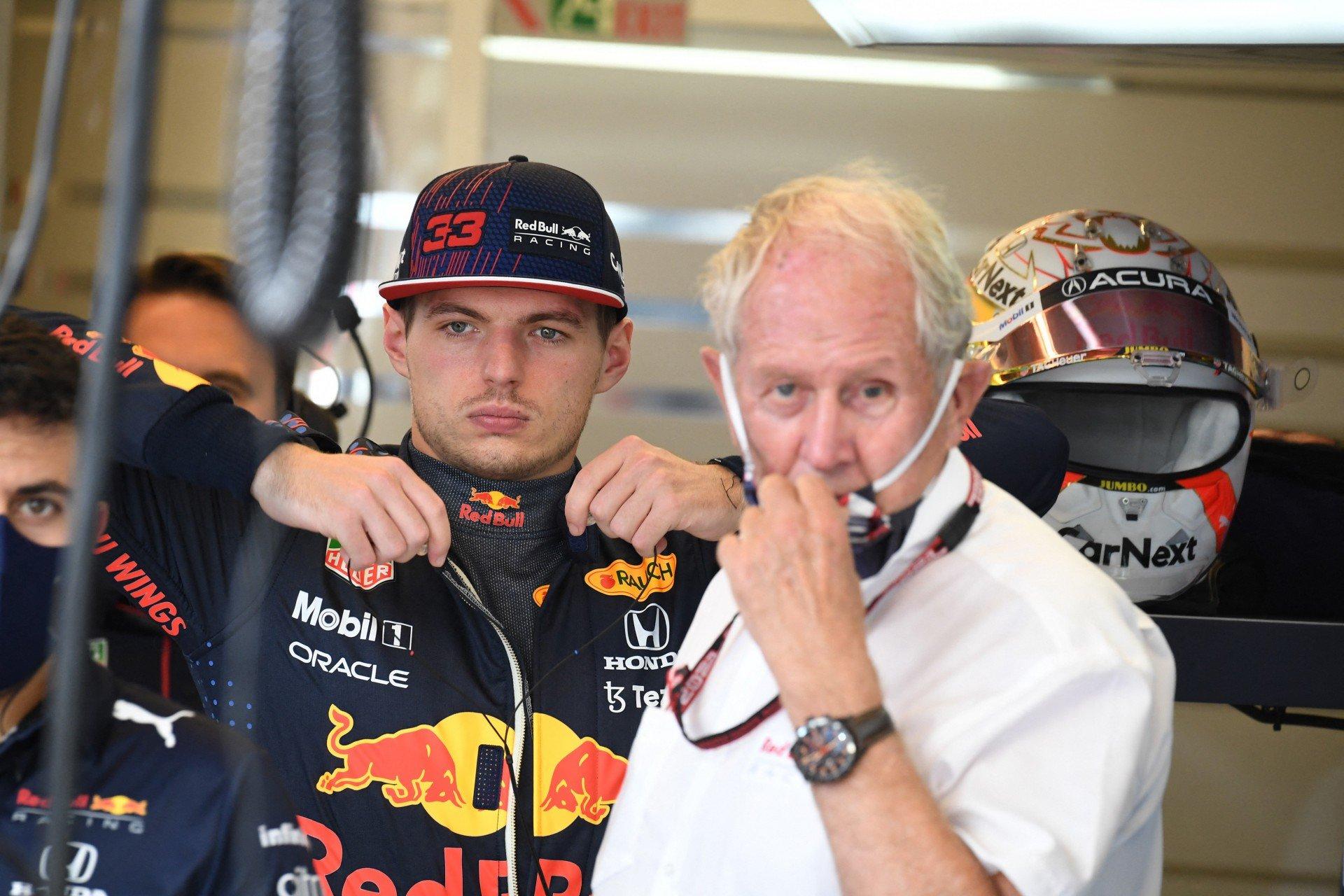 Verstappen xinga e aponta dedo médio para Hamilton durante treino do GP dos EUA
