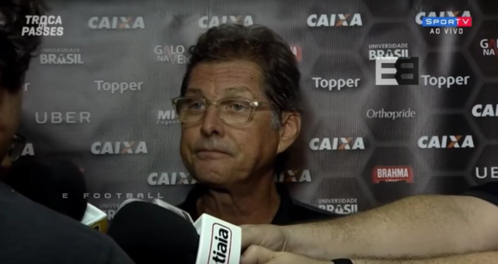 Oswaldo de Oliveira se irritou com jornalista