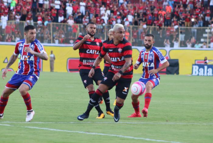 Bahia e Vitória termina em pancadaria