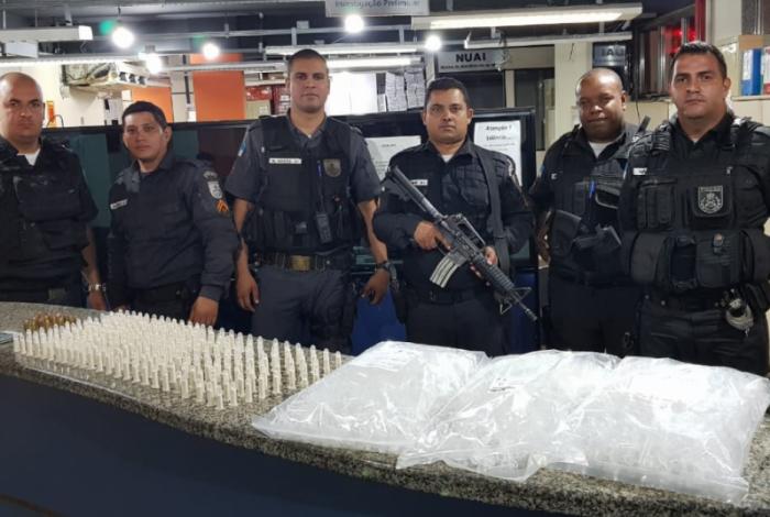 Polícia Militar apreende grande quantidade de droga durante ação em Volta Redonda