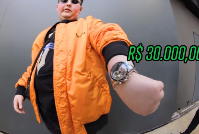 Rel�gio de R$ 30 mil ostentado por Gian Tancredo, de 12 anos