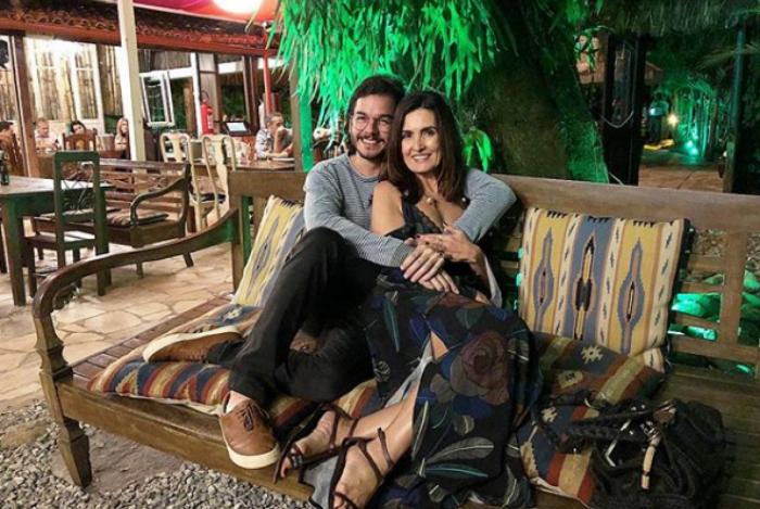 Túlio Gadêlha e Fátima Bernardes em comemoração do Dia dos Namorados