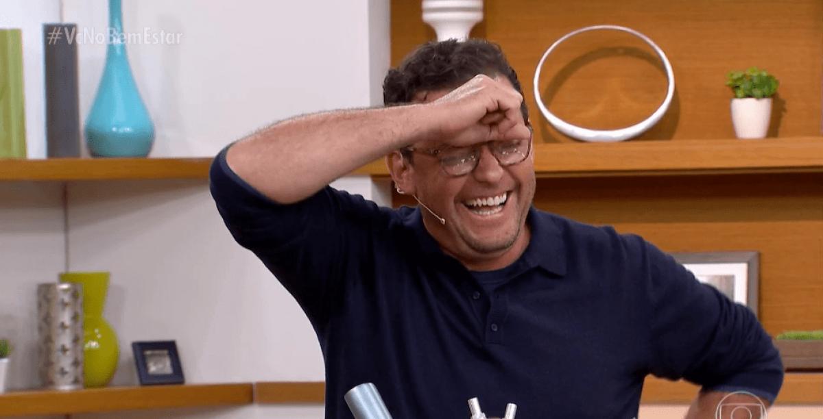 Jornalista demitido da Globo negocia com SBT para estreia