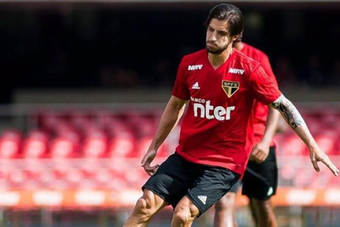Hudson sugere que arbitragem de confronto contra Grêmio favorece o Flamengo