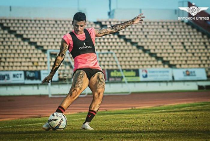 Ex-Flamengo Vander conquista marca inédita