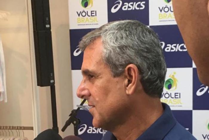 Zé Roberto lamentou eliminação do Brasil