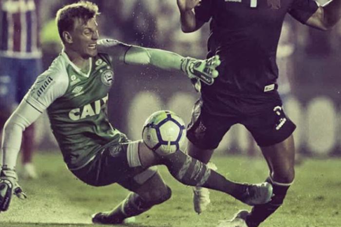 Andrés Ríos sofreu falta dura