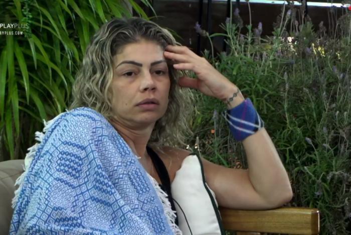 Cátia Paganote diz que já teve problema com droga