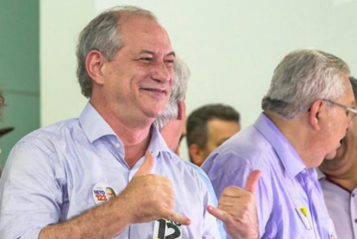Ciro Gomes em encontro com sindicalistas da Baixada Santista