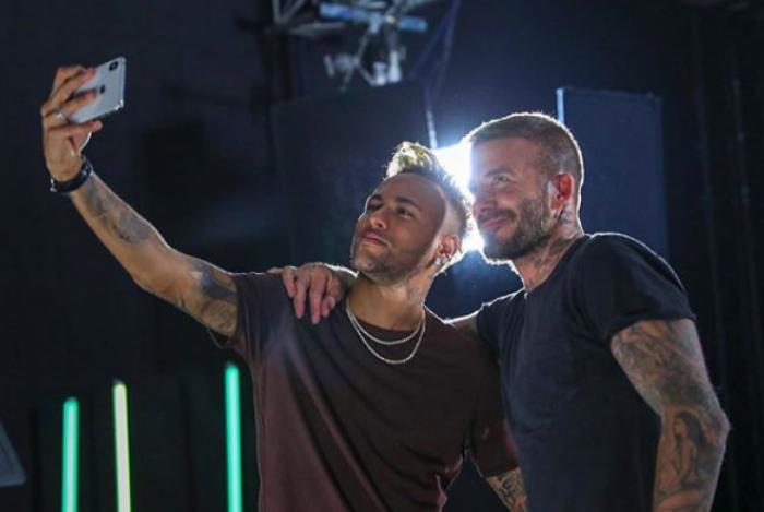 Neymar posta foto com Beckham nas redes sociais