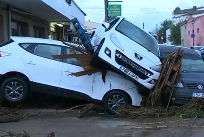 Inundações na Espanha deixam ao menos seis mortos