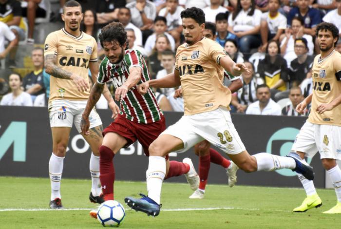 Fluminense perde para Santos na Vila