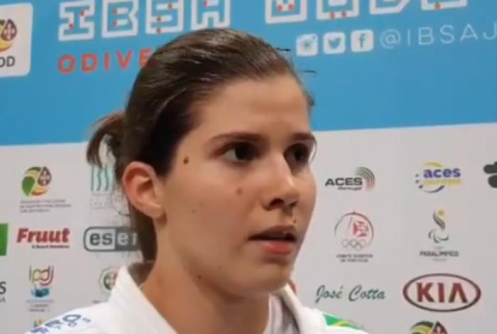 Alana Maldonado supera o cansaço e conquista o primeiro ouro do Brasil no Mundial de Judô