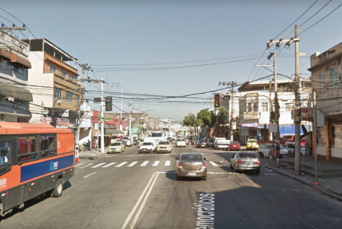 Avenida dos Democráticos, Zona Norte do Rio