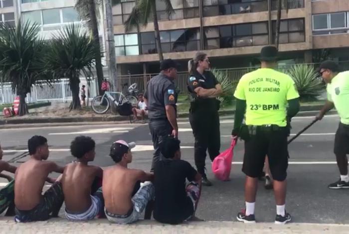 Policial militar que agrediu banhistas em Ipanema é flagrado em outro caso de agressão