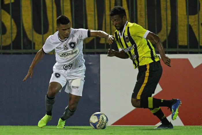 Botafogo tropeça na Taça Rio
