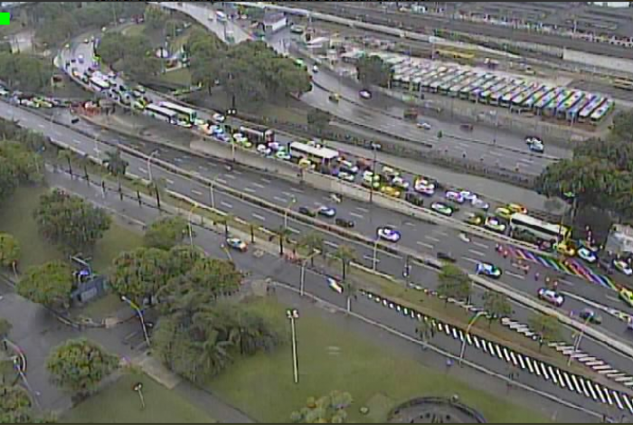 Trânsito intenso no Centro do Rio