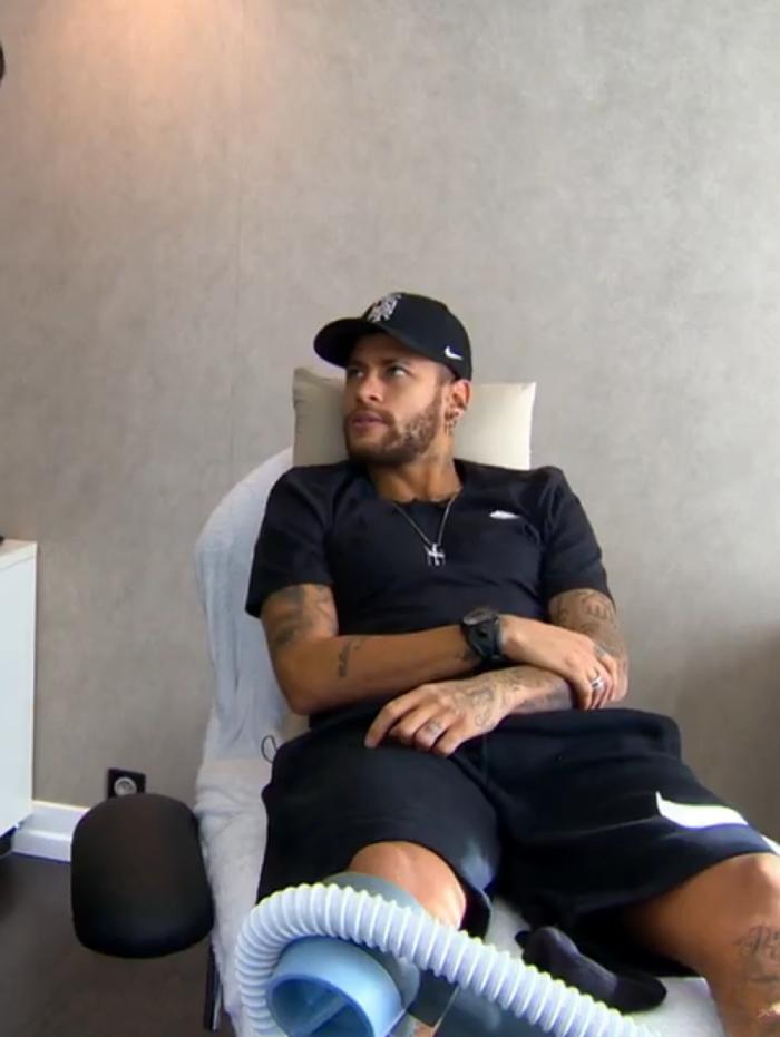 Neymar fala sobre lesão