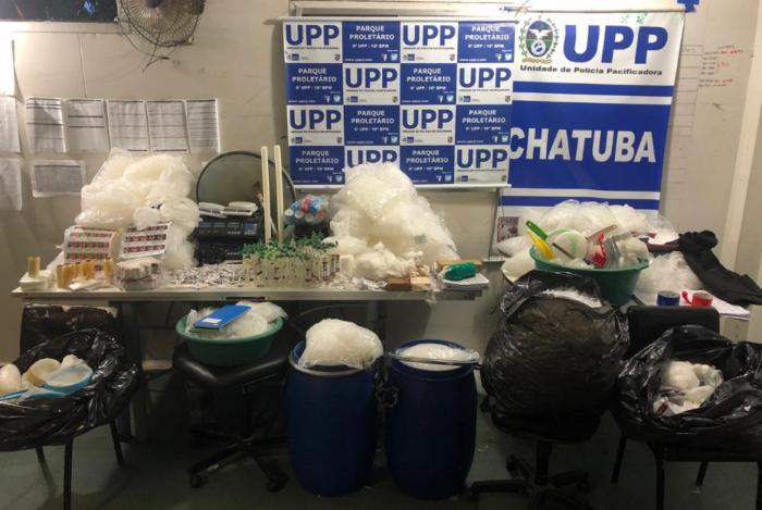 Ações desencadeadas pela Coordenadoria de Polícia Pacificadora apreende grande quantidade de drogas no Complexo da Penha
