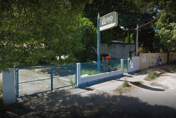 Cobra foi encontrada dentro de creche municipal no Galeão, na Ilha do Governador