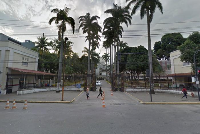 Vítima baleada foi levada para o Hospital Central do Exército (HCE), em Benfica, na Zona Norte