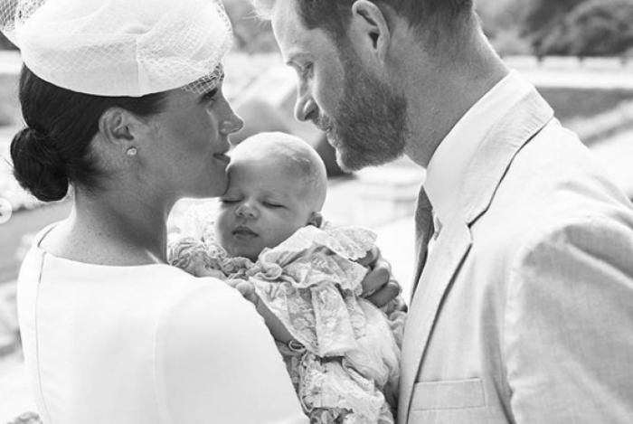 Príncipe Archie foi batizado em cerimônia privada neste sábado, no Castelo de Windsor