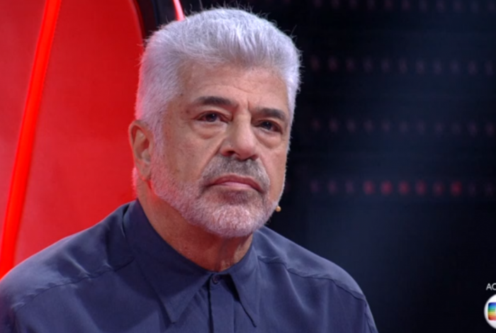 Lulu Santos deu uma bronca na plateia do 'The Voice' por conta do barulho
