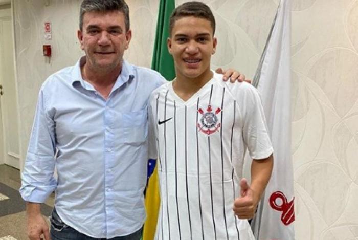 Entenda por que David, promessa da base, deixou o Flamengo e foi para o Corinthians