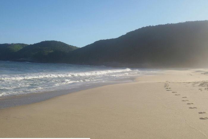 Praia de Jaconé (lado Maricá)