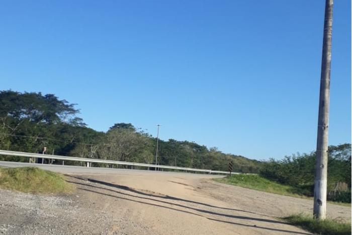 Entrada de Aldeia Velha