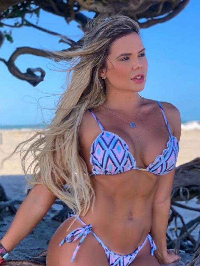 Stephanie Feitosa Moura